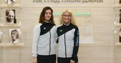 Сестрите Стоеви играят днес на четвъртфинал на Европейското по бадминтон в Испания