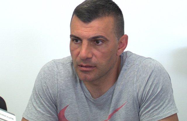 Наказаха Мечечиев за три мача.