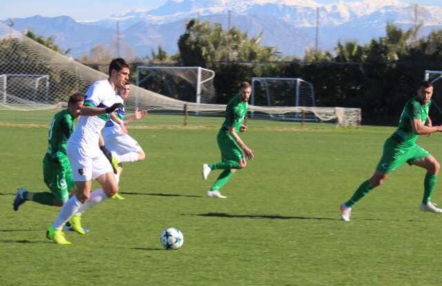 Втората част започна с нова размяна на възможности за първи гол.