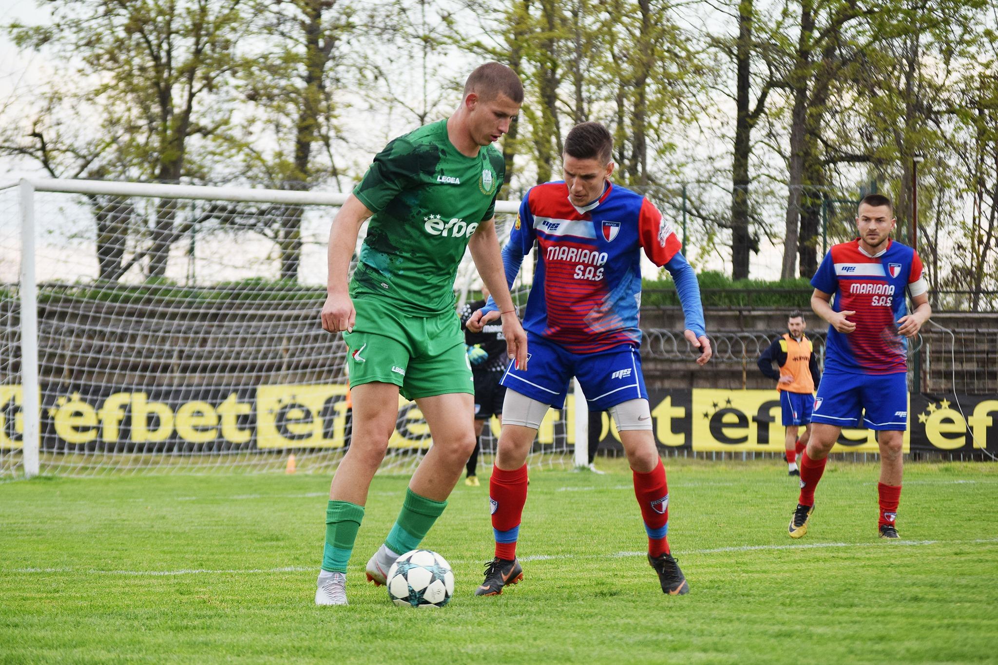 Георги Недялков вкара два гола в мача.