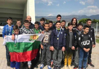 Джудистите на Спортното спечелиха пълен комплект медали в Гърция