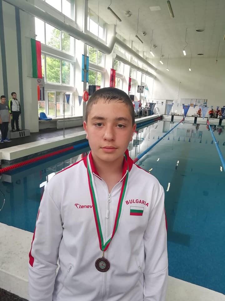 Радослав Джунов с бронз на 50 бруст.
