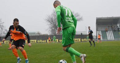 Хебър завършва сезона с мач срещу Литекс